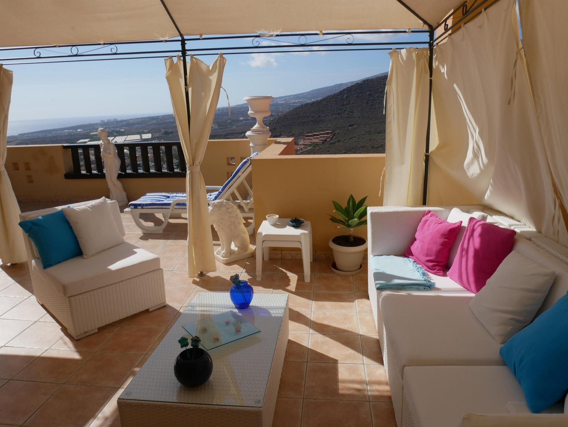 Wunderschöne Wohnung im Komplex Terrazas del Conde! Das Anwesen, das ursprünglich 2 .... mehr Info
