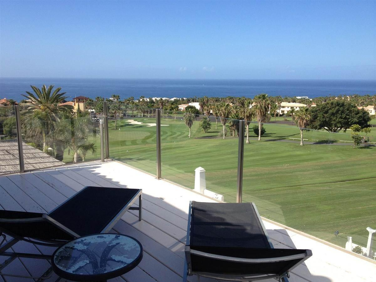 This beautiful duplex-property of 242m2, built on a land area of 201 m 2, has three .... more info
