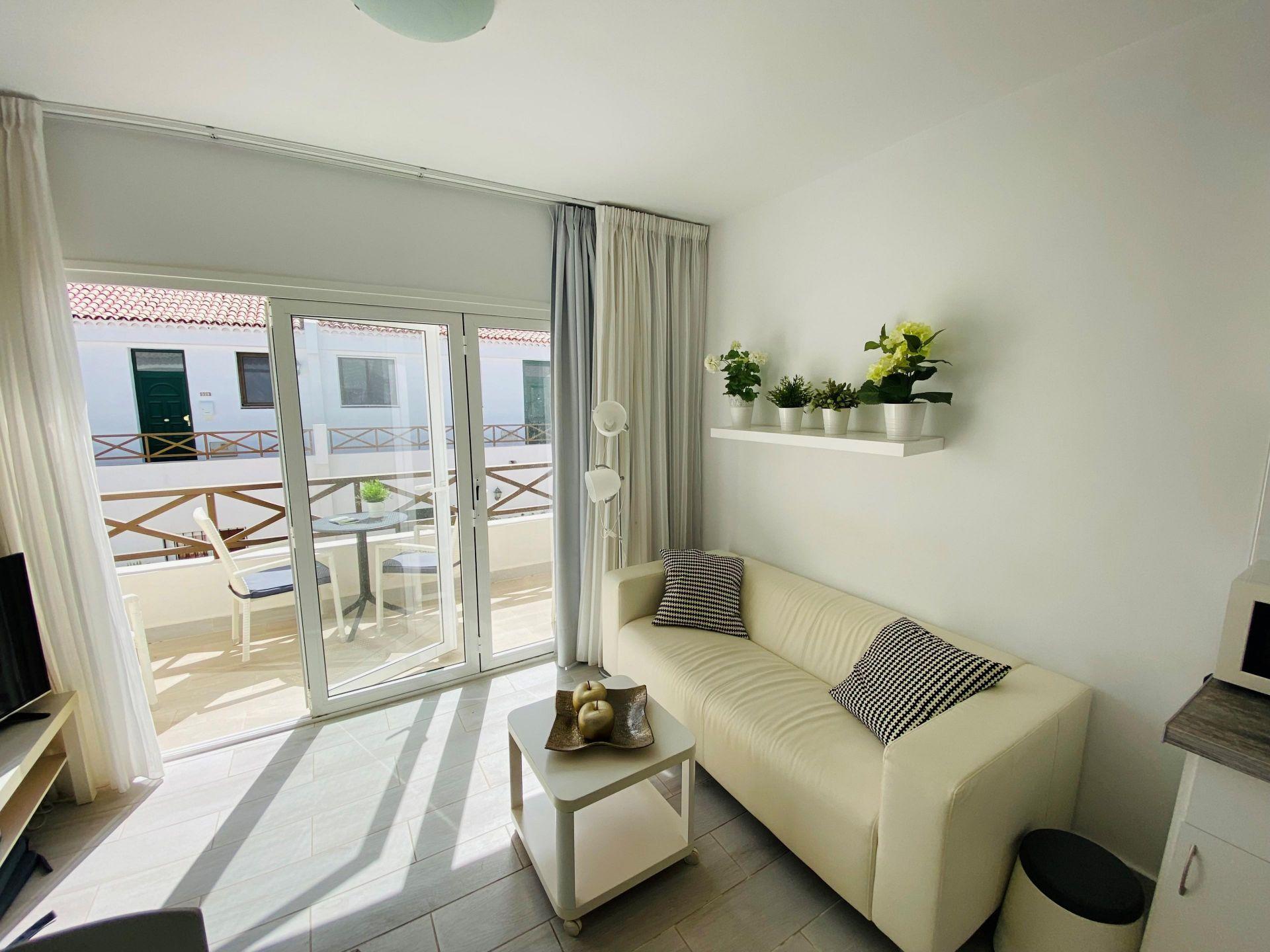 Diese schöne 2-Zimmer-Wohnung befindet sich im 1. Stock des Parque Don .... mehr Info