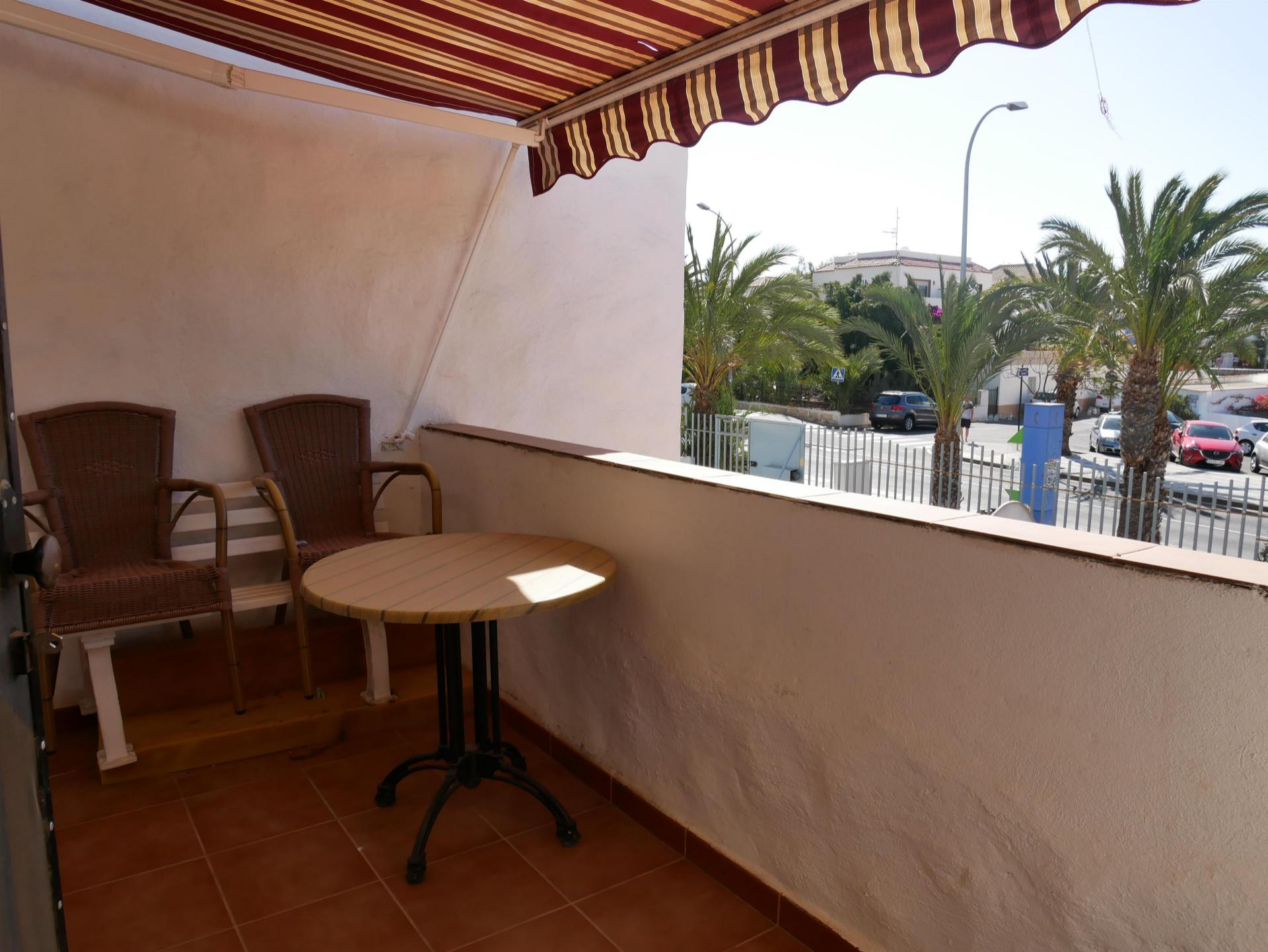 1 bedroom apartment with a built surface of 58m² and a terrace of 12m². Located on the .... more info