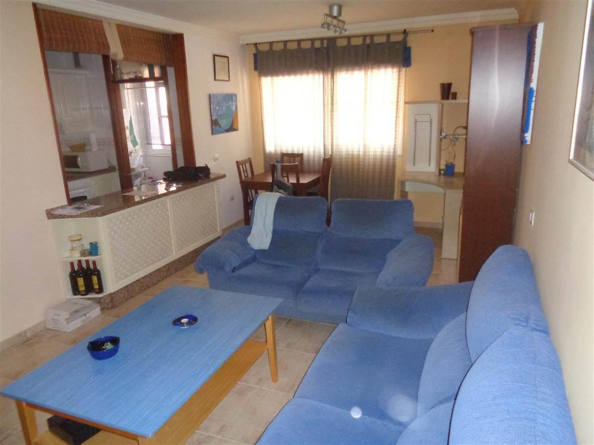 1 bedroom apartment on the ground floor near the pharmacy in the Las Rosas area. The .... more info