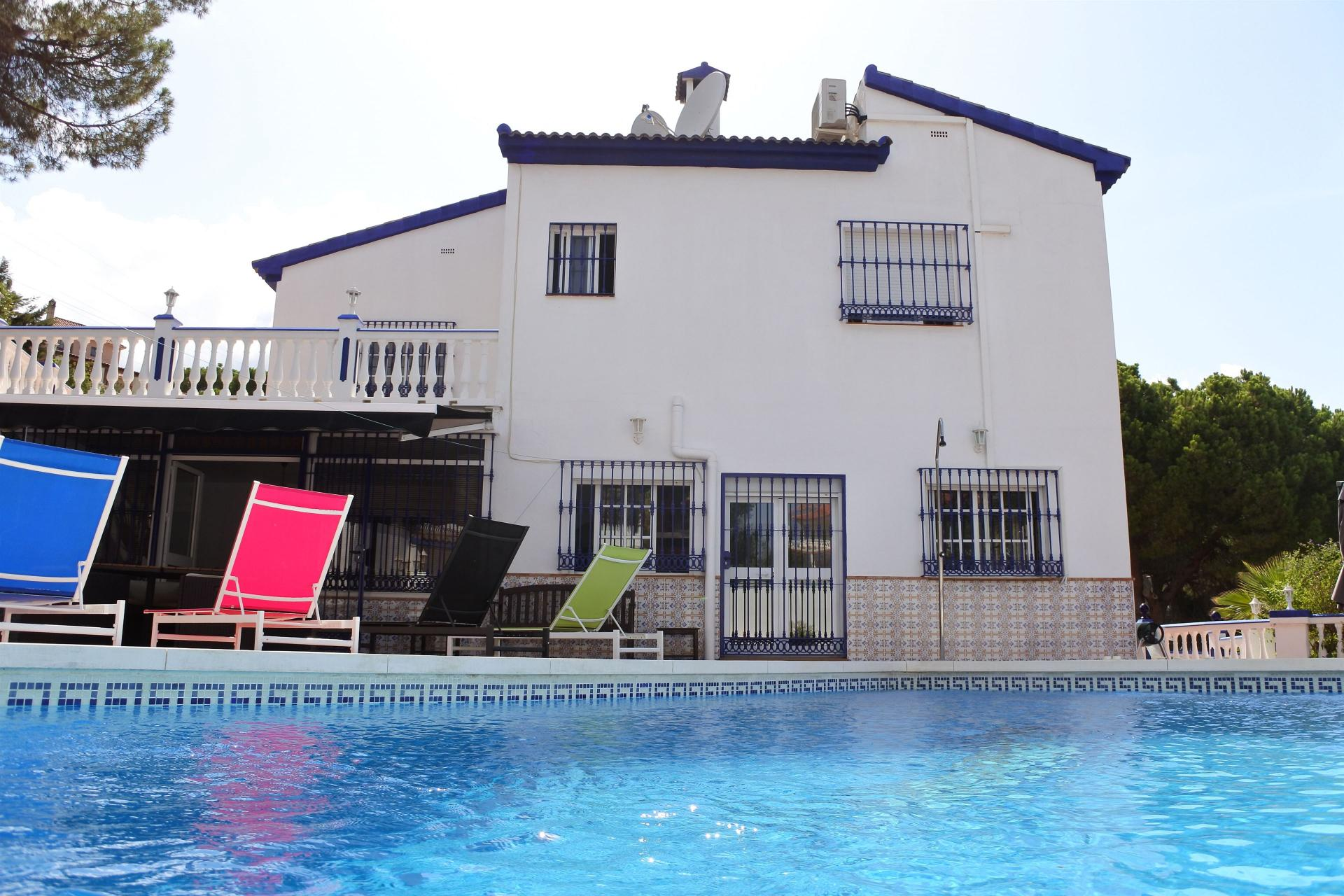 Ref:V3425494 Villa For Sale in Alhaurín de la Torre