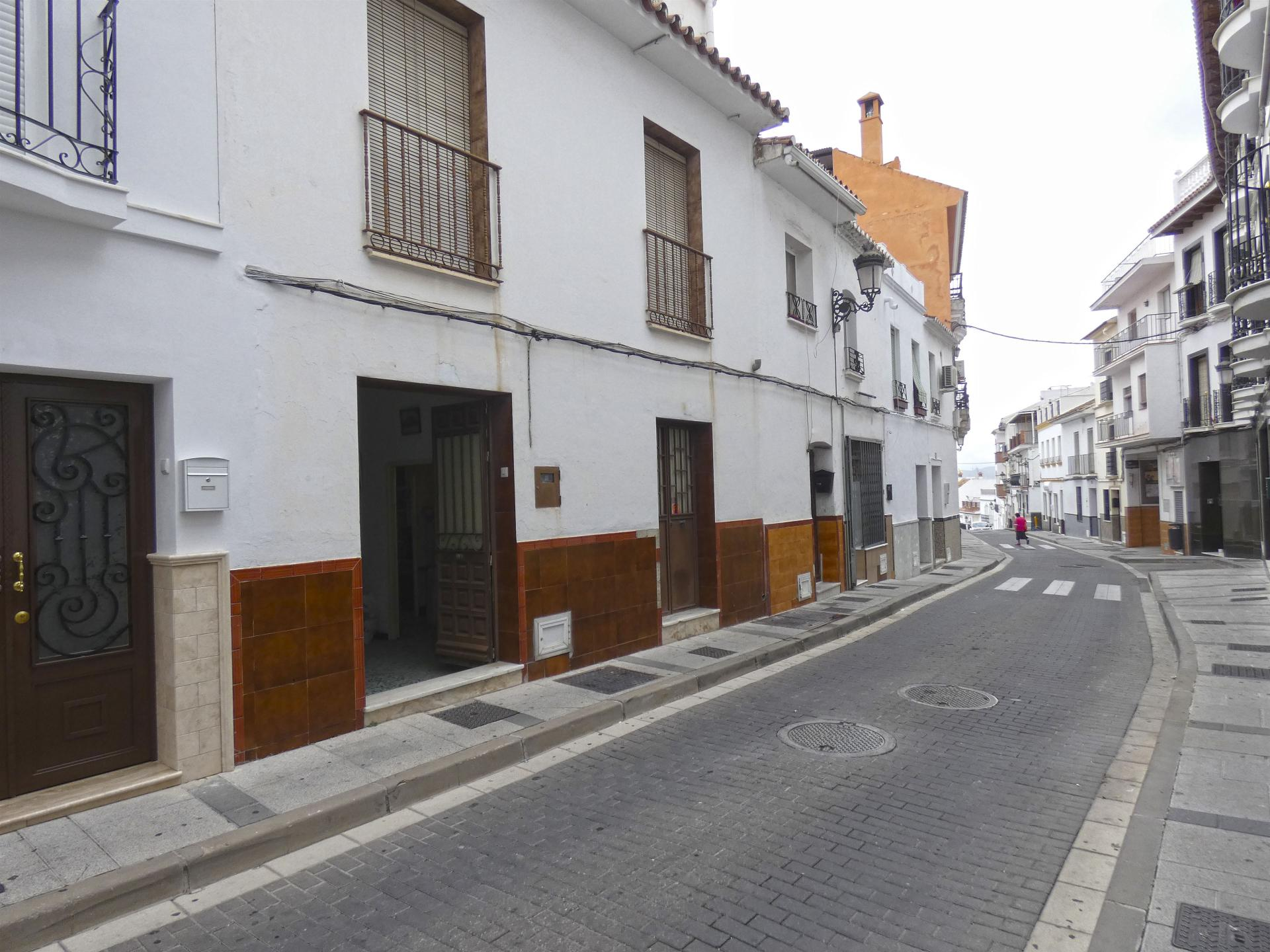 Ref:TH3301282 Town house For Sale in Alhaurín el Grande