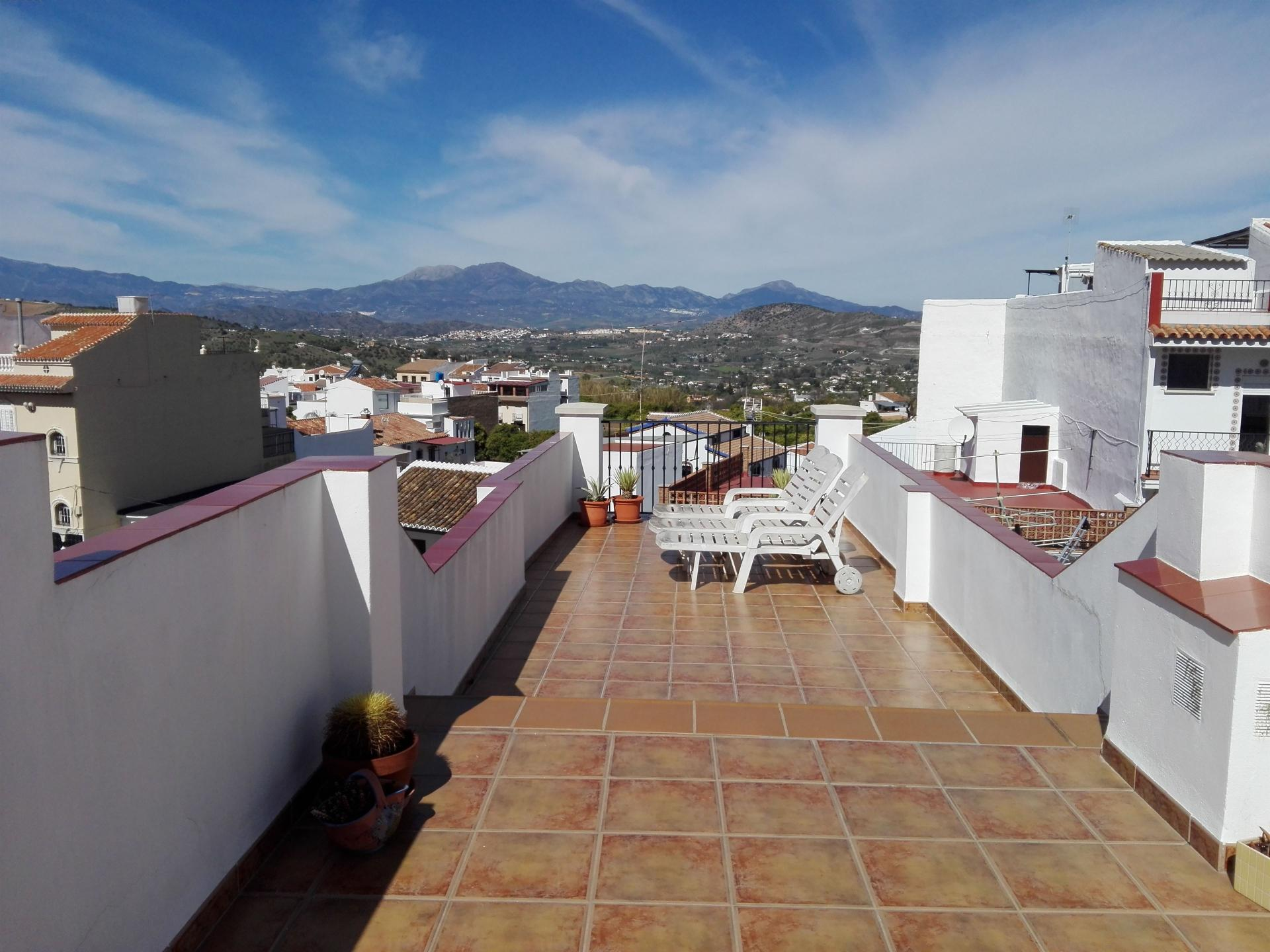 Ref:TH3213346 Town house For Sale in Alhaurín el Grande