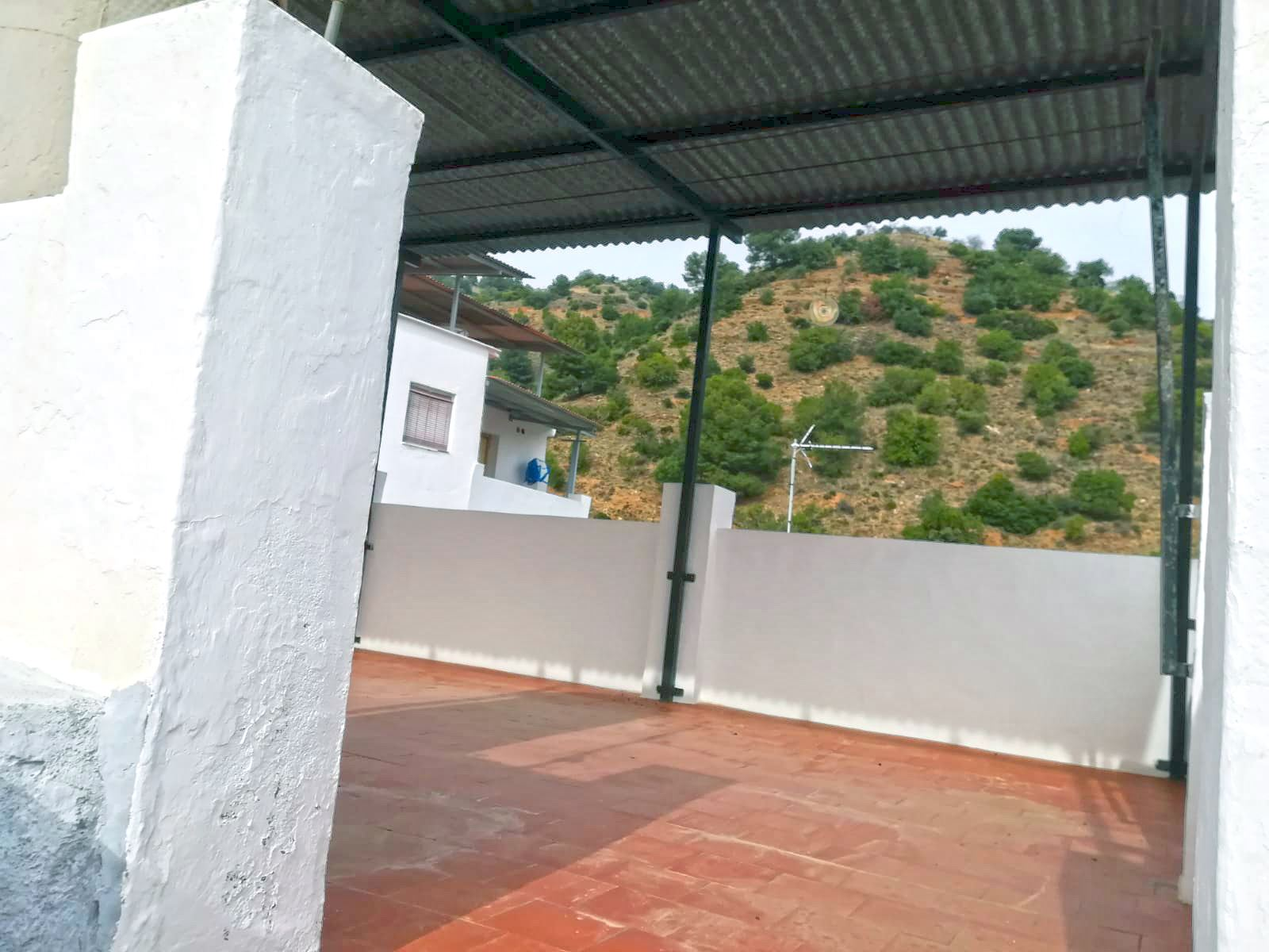 Ref:TH3455860 Town house For Sale in Tolox