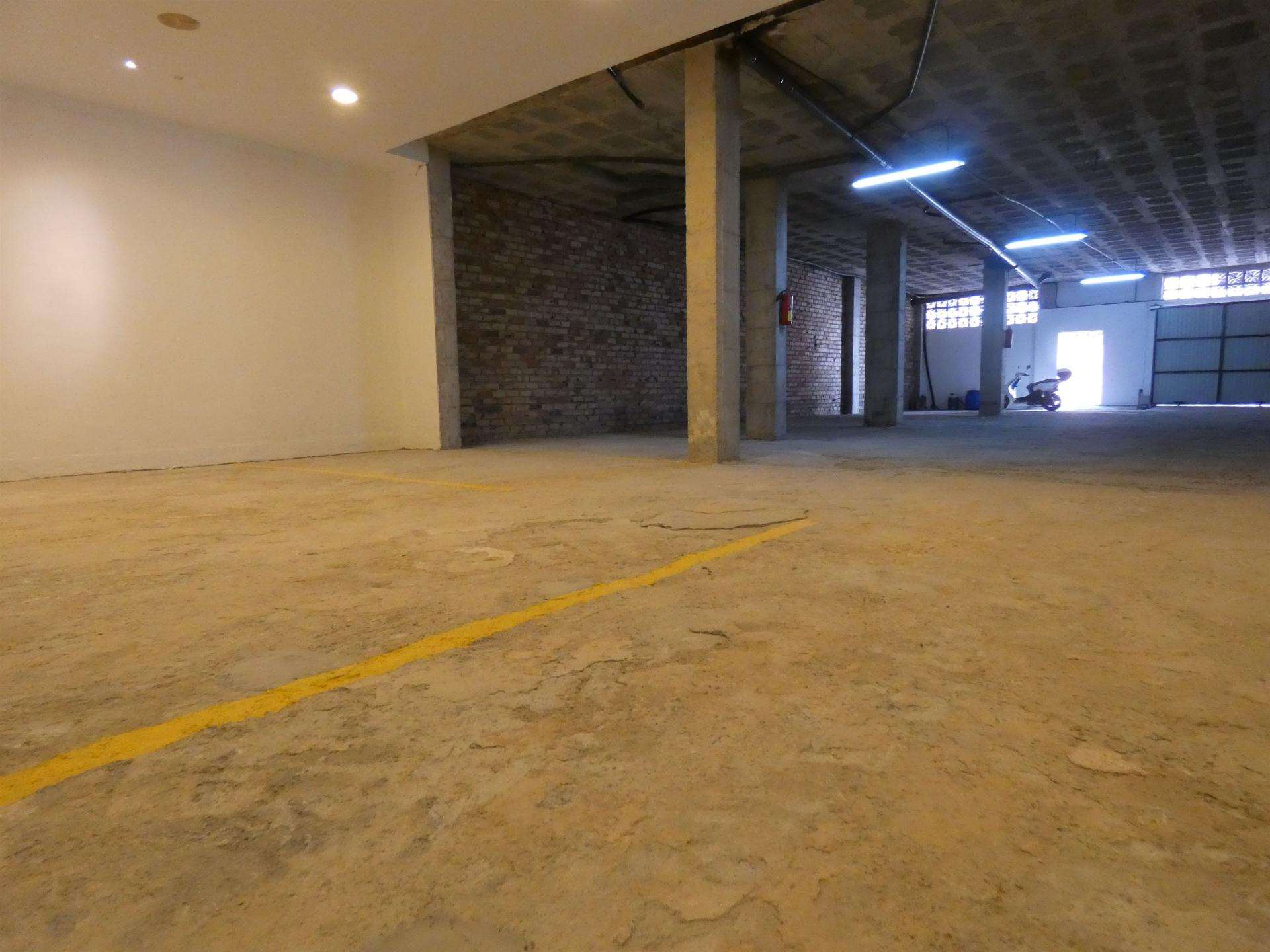 Ref:C3274117 Commercial For Sale in Alhaurín el Grande