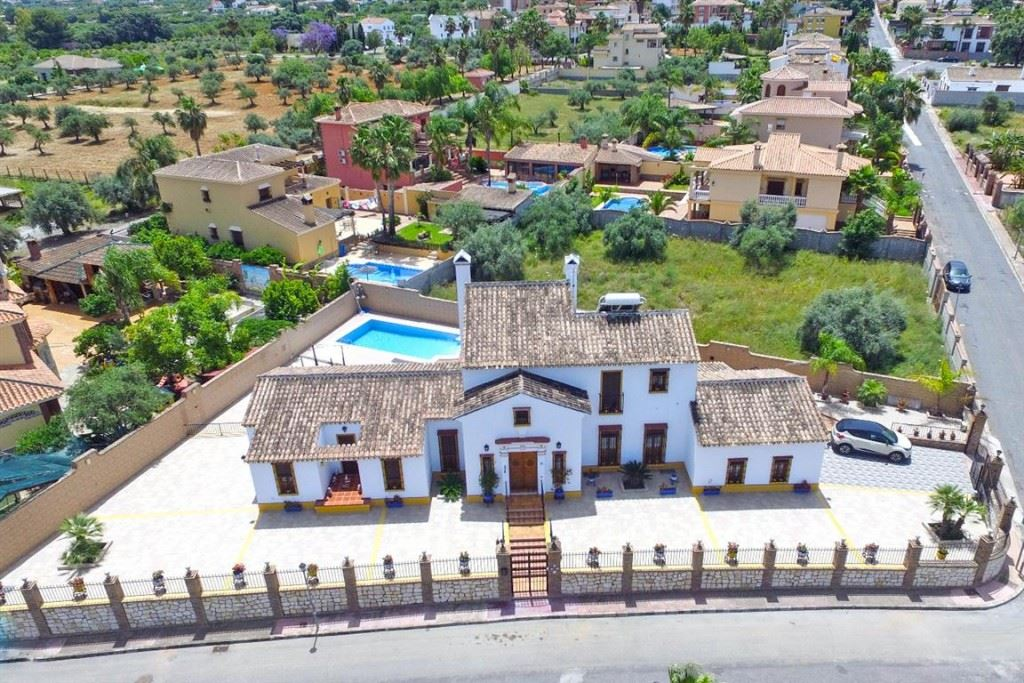 Ref:V2903240 Villa For Sale in Alhaurín el Grande