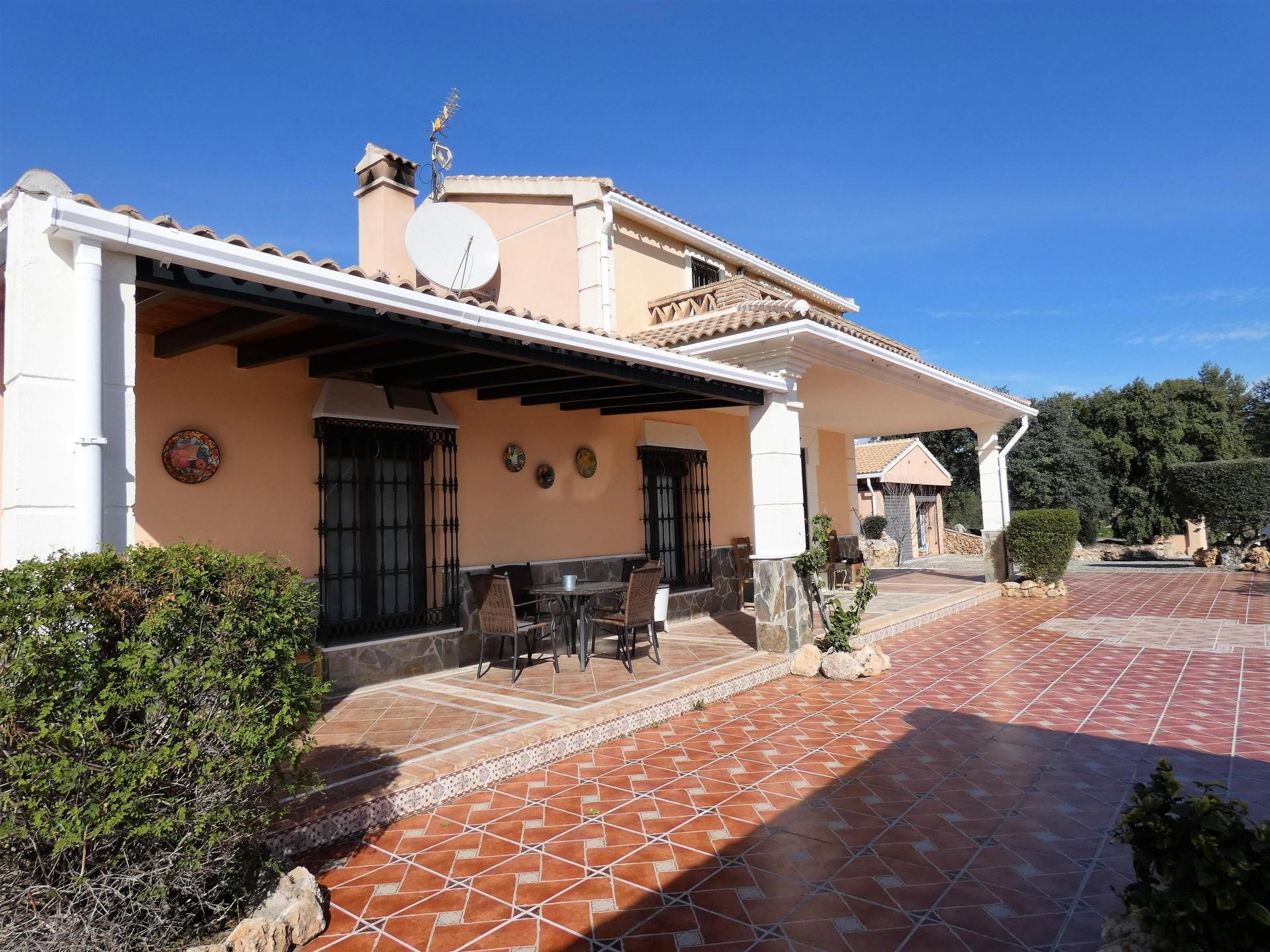 F3608537: country house for sale in Alozaina