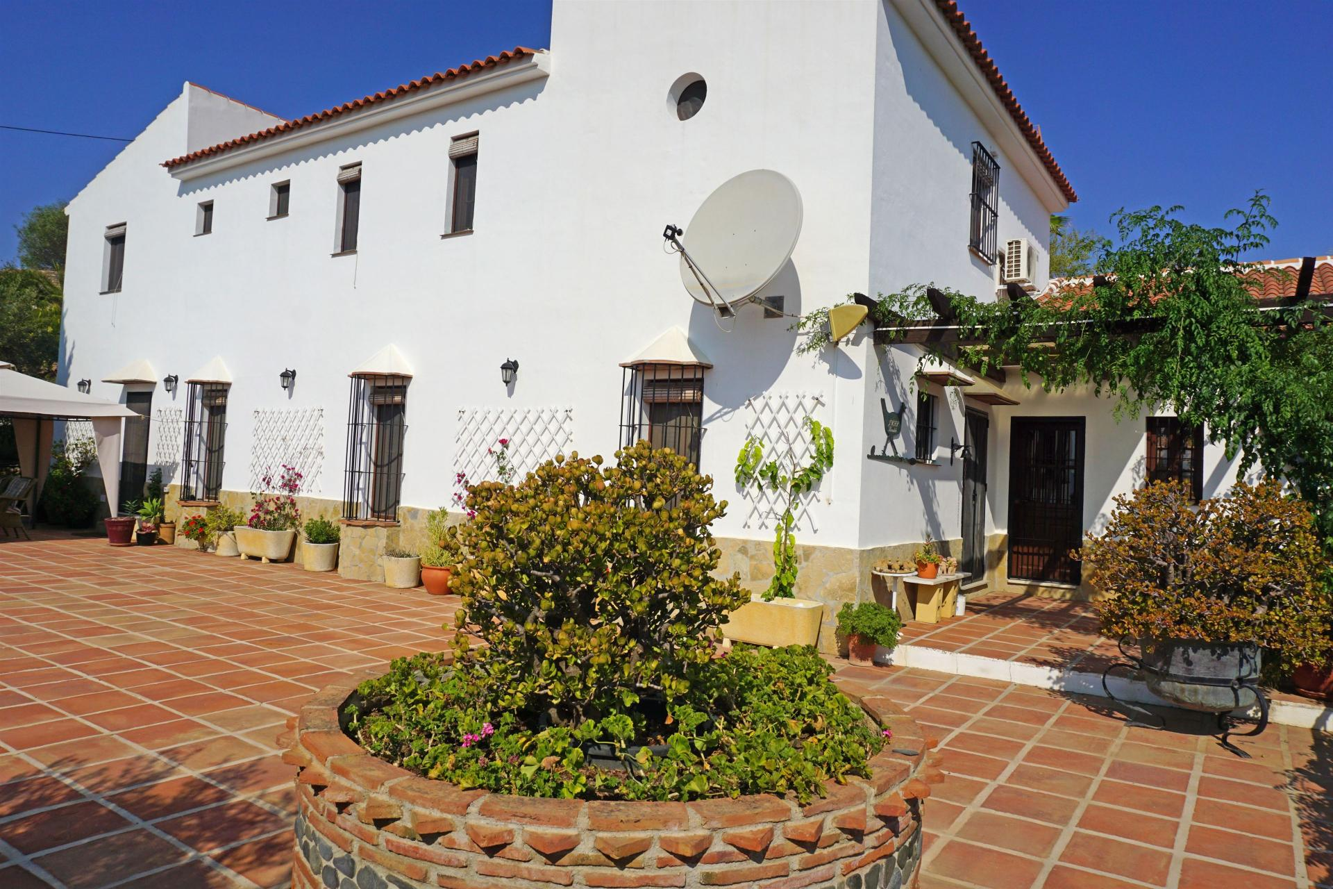 Ref:F3240733 country house For Sale in Pizarra