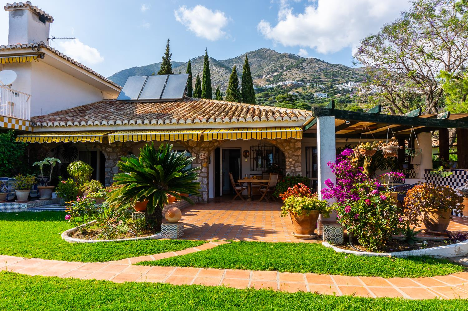 Ref:F3560788 country house For Sale in Mijas
