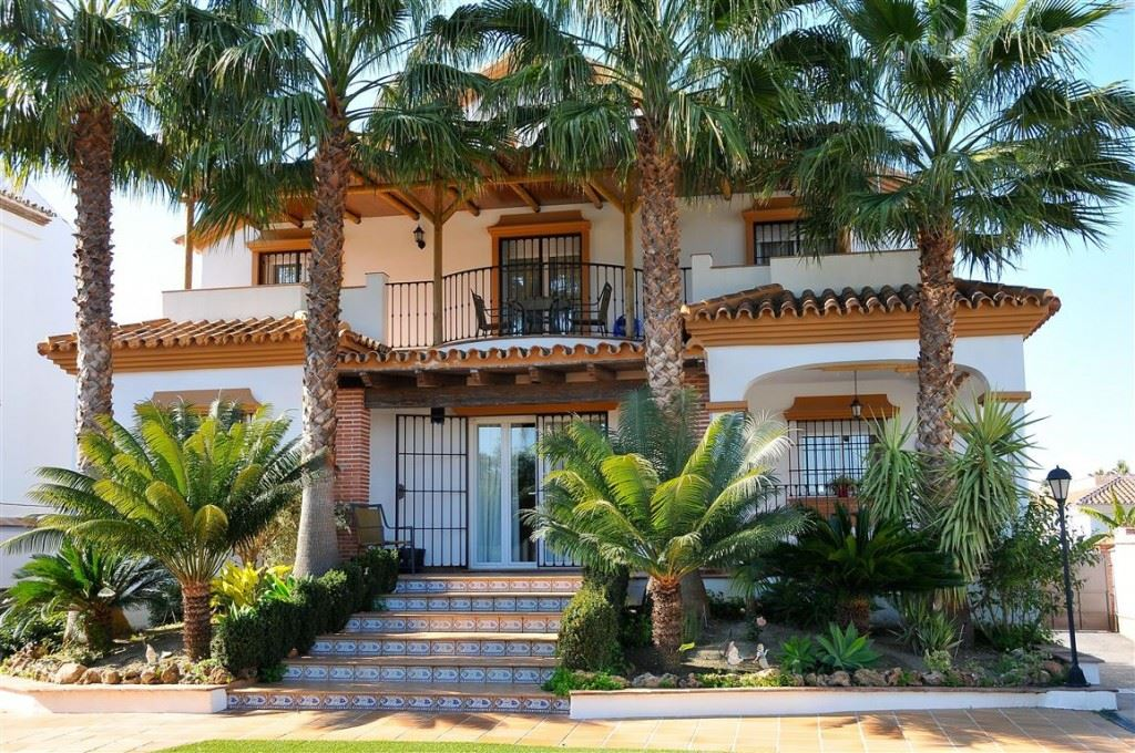 Ref:V2846063 Villa For Sale in Alhaurín el Grande