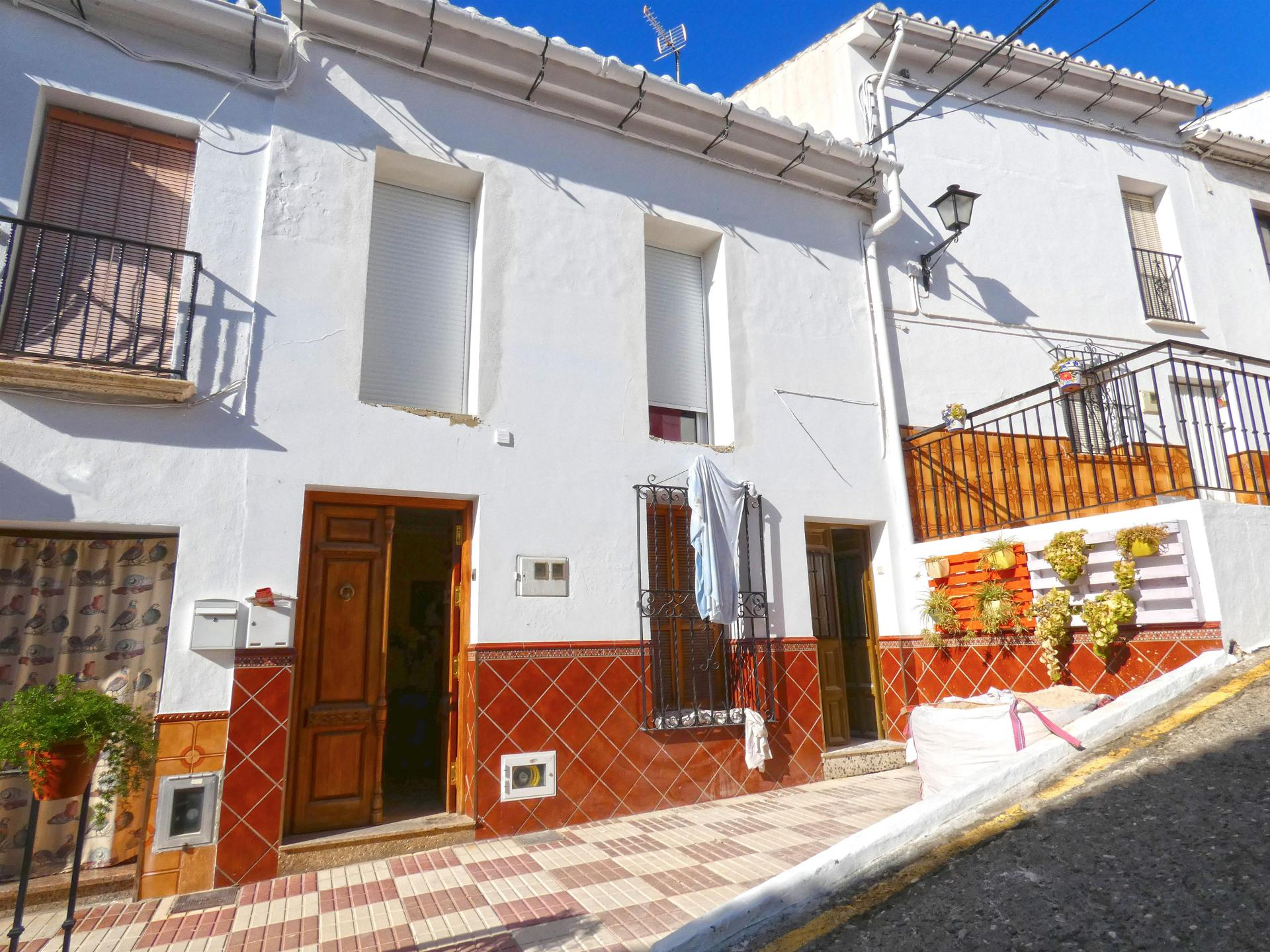 Ref:TH3594121 Town house For Sale in Álora
