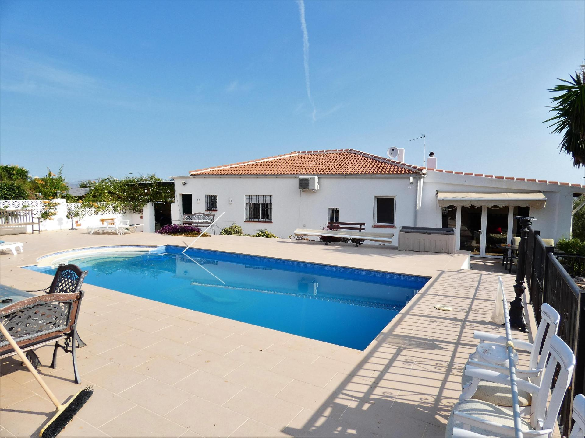 Ref:F3721931 country house For Sale in Alhaurín el Grande