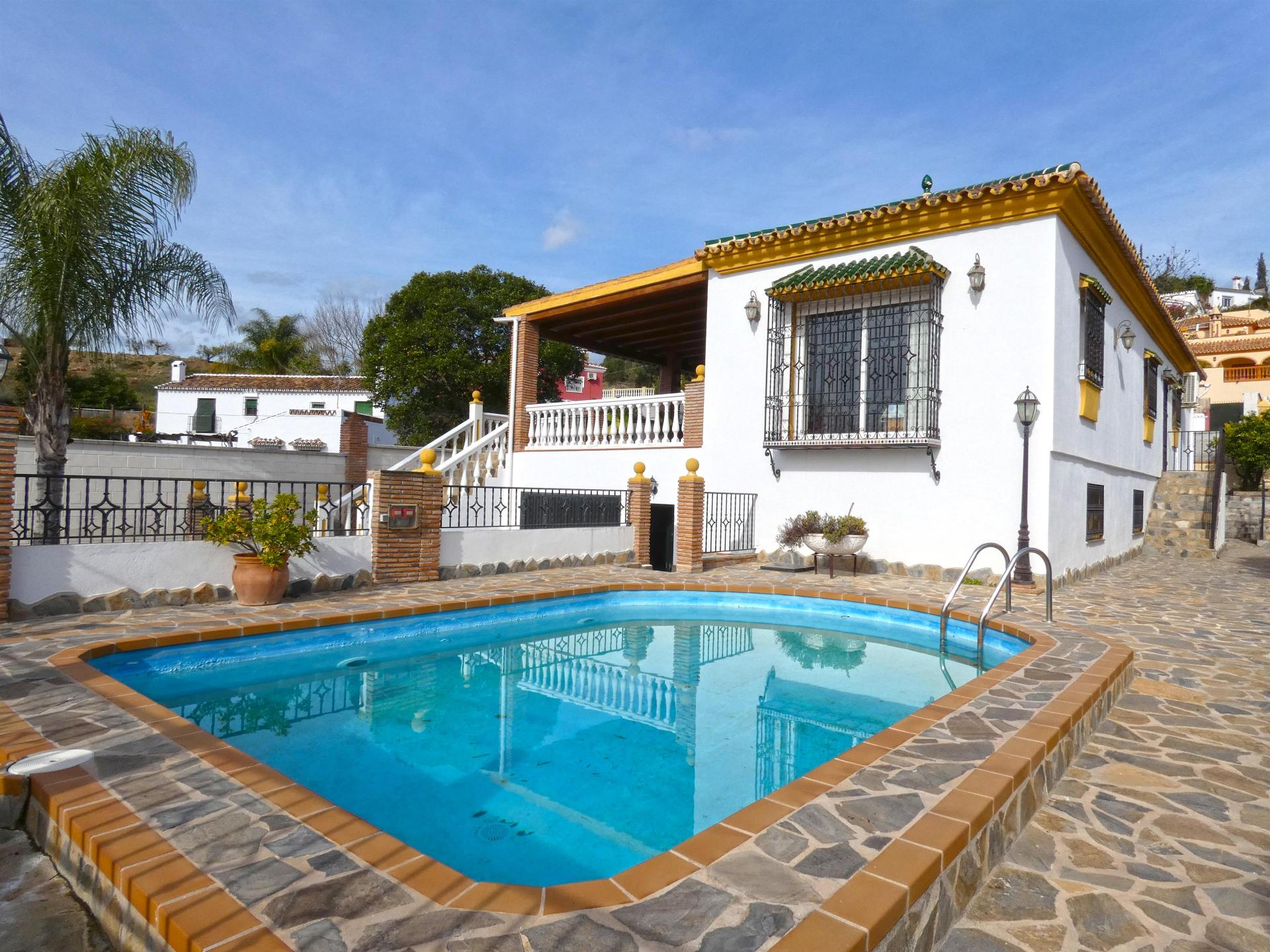 Ref:V3598301 Villa For Sale in Coín