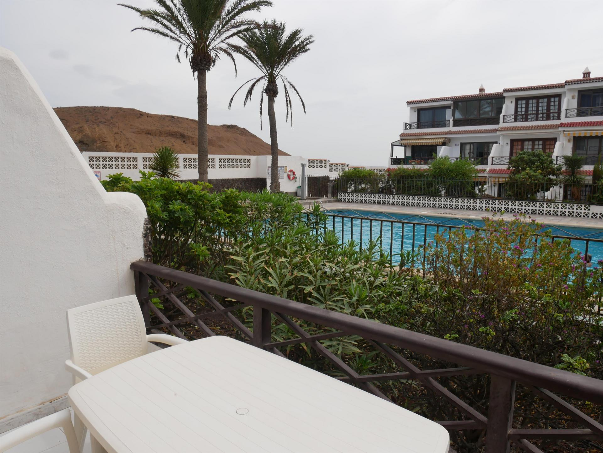 1 bedroom apartment located on the ground floor in the sea front complex AMARILLA .... more info